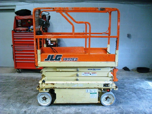 Where to find SCISSOR LIFT 19 INDOOR in Jackson